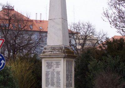 Szolnok A 68-as gyalogezred emlékműve 2009.04.02.küldő-miki