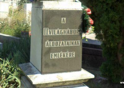 Szolnok r.kat. temető II. világháborús emlékmű 2016.07.30. küldő-belamiki (1)