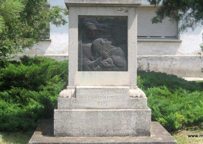 Szomód I.vh emlékmű 2008.07.05. küldő-Kályhás (2)