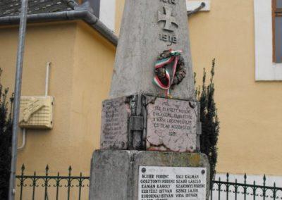 Szombathely- Olad világháborús emlékmű 2009.12.02. küldő-Gyurkusz (3)