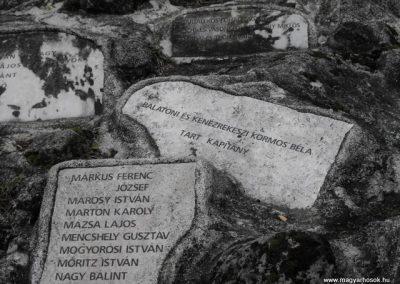 Szombathelyi huszárlaktanya I.vh emlékmű 2009.12.03. küldő-Gyurkusz (10)