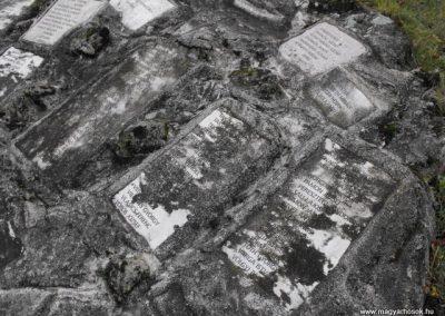 Szombathelyi huszárlaktanya I.vh emlékmű 2009.12.03. küldő-Gyurkusz (11)