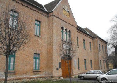 Szombathelyi huszárlaktanya I.vh emlékmű 2009.12.03. küldő-Gyurkusz