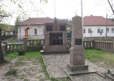 Szomolya vh.emlékművek 2007.04.09.küldő-Kályhás