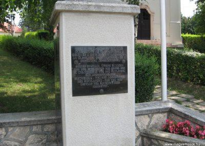 Szomor II.vh emlékmű 2008.07.02. küldő-Kályhás (1)