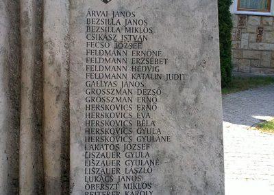 Szuhakálló világháborús emlékmű 2012.04.07. küldő- Pataki Tamás (3)