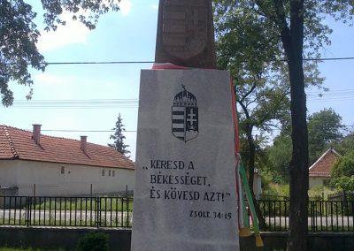 Szuhogy világháborús emlékmű 2012.06.21. küldő-Pataki Tamás (1)