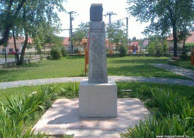 Szuhogy világháborús emlékmű 2012.06.21. küldő-Pataki Tamás (2)