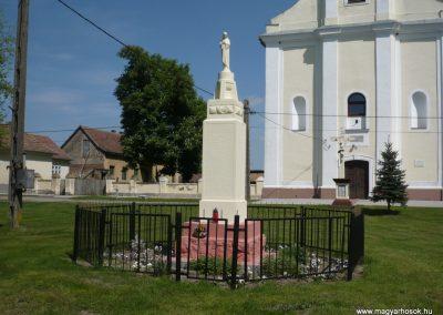 Szulok I.vh emlékmű 2010.04.29. küldő-Sümec (4)