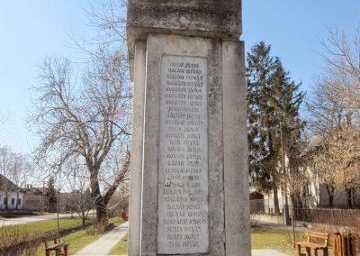 Tác, I. és II. világháborús emlékmű