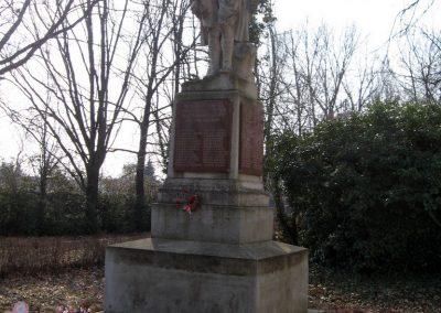 Tápiógyörgye világháborús emlékmű 2011.03.11. küldő-kalyhas (13)