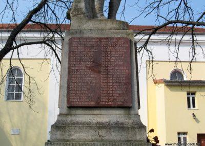Tápiógyörgye világháborús emlékmű 2011.03.11. küldő-kalyhas (18)