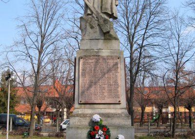 Tápiógyörgye világháborús emlékmű 2011.03.11. küldő-kalyhas (19)