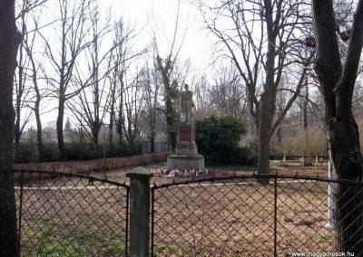 Tápiógyörgye világháborús emlékmű 2011.03.11. küldő-kalyhas