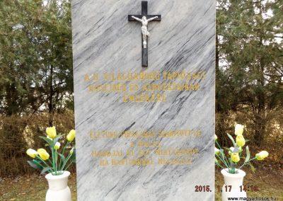 Tápióság II. világháborús emlékmű 2015.01.17. küldő-kalyhas (2)