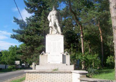 Tápiószecső világháborús emlékmű 2010.06.17. küldő-Horváth Zsolt (7)