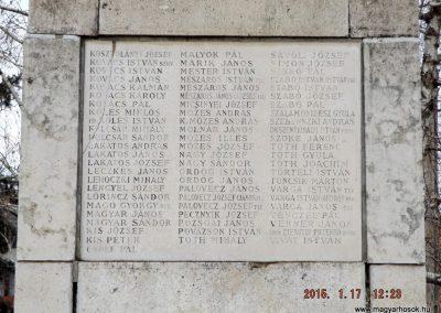 Tápiószentmárton világháborús emlékmű 2015.01.17. küldő-kalyhas (11)