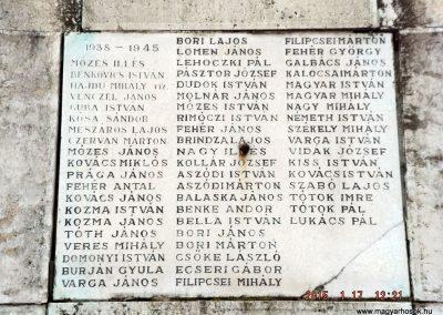 Tápiószentmárton világháborús emlékmű 2015.01.17. küldő-kalyhas (6)