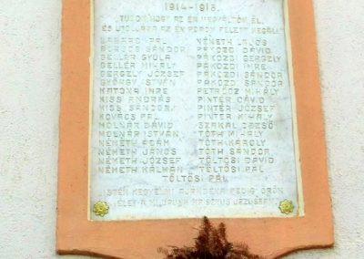 Tápszentmiklós, I. világháborús emléktábla  a református templom falán