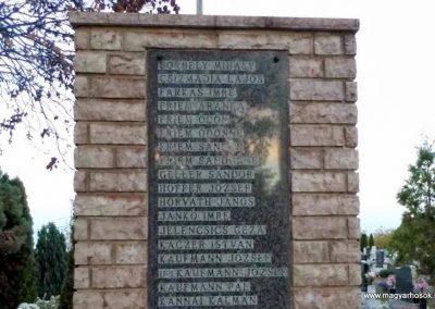 Tápszentmiklós II. világháborús emlékmű 2013.10.23. küldő-Méri (3)