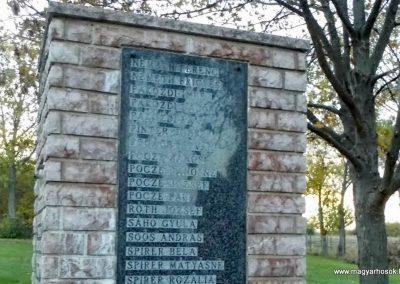 Tápszentmiklós II. világháborús emlékmű 2013.10.23. küldő-Méri (7)