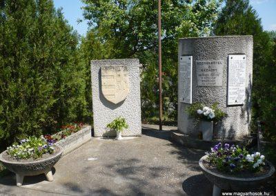 Táska világháborús emlékmű 2009.04.21.küldő-Sümec