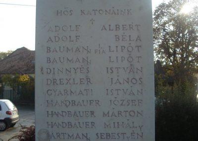Tát II.vh emlékmű 2008.10.30. küldő-Huszár Peti (2)