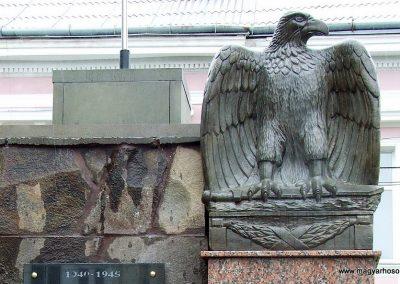 Técső világháborús emlékmű 2010.07.14. küldő-Horváth Zsolt Sajnos a II.vh-s áldozatok nevét csak cirill betűkkel írták ki,pedig 90%-uk magyar... (5)