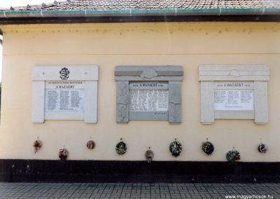 Tépe hősök emléktáblái 2018.05.28. küldő-Bóta Sándor (1)