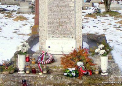 Tés II. világháborús emlékmű 2013.04.02. küldő-Méri (2)
