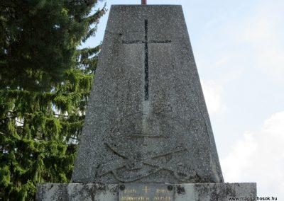 Tésa világháborús emlékmű 2013.04.22. küldő-kalyhas (3)