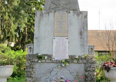 Tésa világháborús emlékmű 2013.04.22. küldő-kalyhas (7)