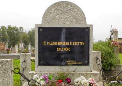 Tét II. világháborús emlékmű 2014.10.07. küldő-Méri (1)