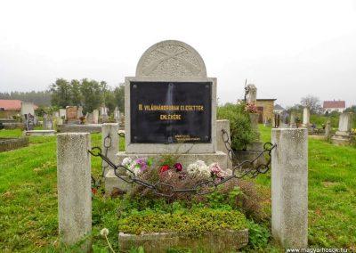 Tét, II. világháborús emlékmű