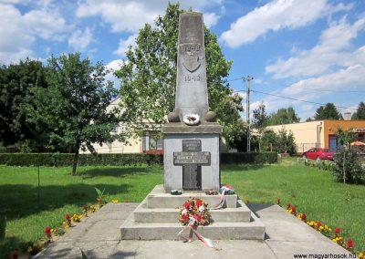 Tímár világháborús emlékmű 2014.06.23. küldő-kalyhas (2)