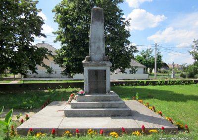 Tímár világháborús emlékmű 2014.06.23. küldő-kalyhas (5)
