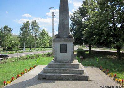 Tímár világháborús emlékmű 2014.06.23. küldő-kalyhas (7)