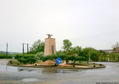 Tófej világháborús emlékmű 2012.05.07. küldő-Ágca (17)