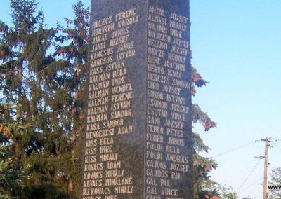 Tószeg II.vh emlékmű 2009.04.26. küldő-miki (3)