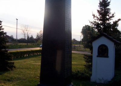 Tószeg II.vh emlékmű 2009.04.26. küldő-miki (6)