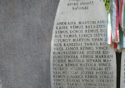 Tótszerdahely világháborús emlékmű 2009.05.23.küldő-Sümec (1)