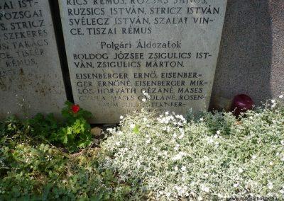 Tótszerdahely világháborús emlékmű 2009.05.23.küldő-Sümec (3)