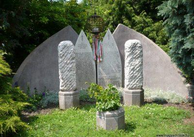 Tótszerdahely világháborús emlékmű 2009.05.23.küldő-Sümec
