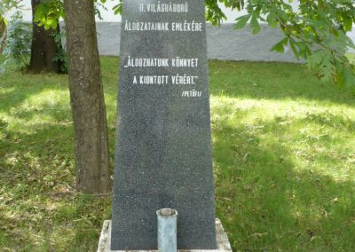 Tótvázsony II.vh emlékmű 2010.05.30. küldő-Sümec (4)