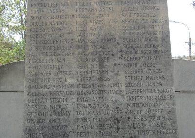 Törökbálint világháborús emlékmű 2008.04.15. küldő-Huszár Peti (2)