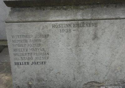 Törökbálint világháborús emlékmű 2008.04.15. küldő-Huszár Peti (3)