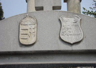Törökbálint világháborús emlékmű 2008.04.15. küldő-Huszár Peti (5)