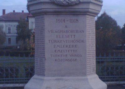 Túrkeve I.vh emlékmű 2007.11.01.küldő-Zebi (2)