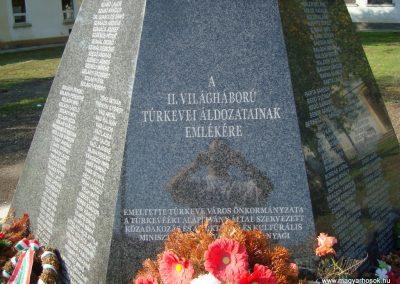 Túrkeve II.vh emlékmű 2009.10.25. küldő-Zebi (1)