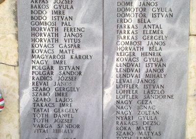 Tüskevár világháborús emlékmű 2012.04.29. küldő-miki (2)